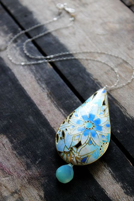 Chrysanthemum_necklace